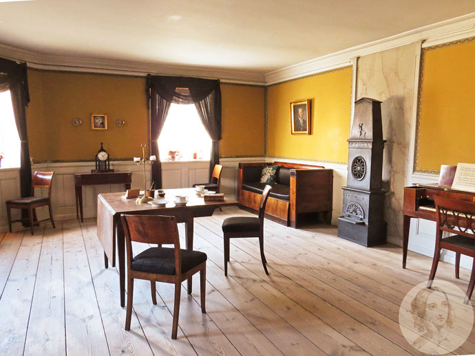 bakkehuset-corner-room
