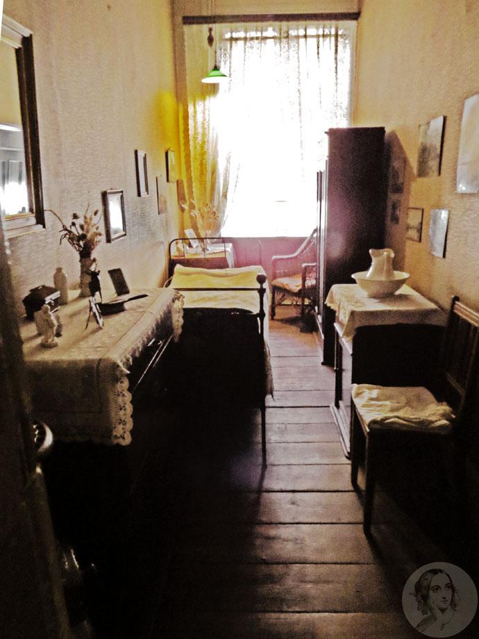 victoriaanse-bediende-kamer