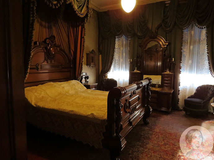 victoriaanse-master-bedroom