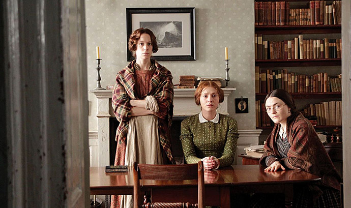 filmtip-recensie-review-to-walk-invisible-brontës