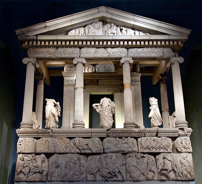 Reconstructie van het Nereidenmonument van Xanthos in het British Museum