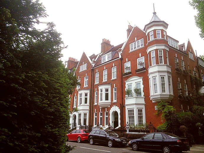 Holland Park Road