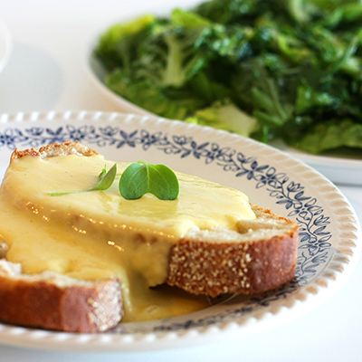 catherine dickens toasted cheese en salade