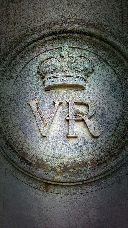 Victoria Monogram Kew