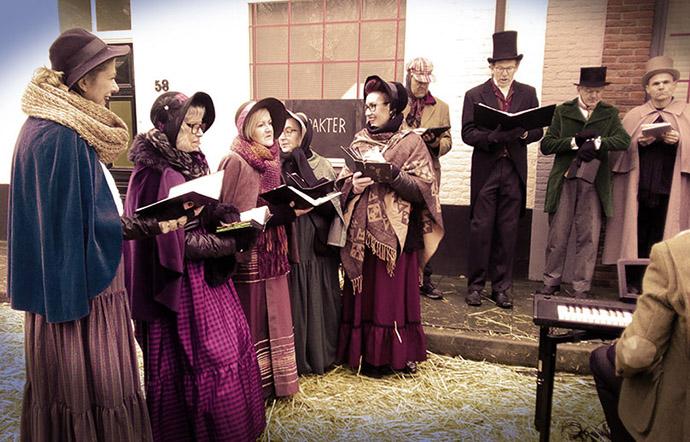 dickens-druten-victoriaans-koor-christmas-carols-new