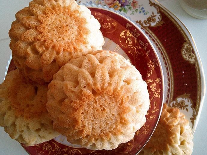 mrs-beeton-honing-cakes-recept-resize