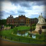 Zien: Koningin Victoria in Kensington Palace in Londen (deel I)