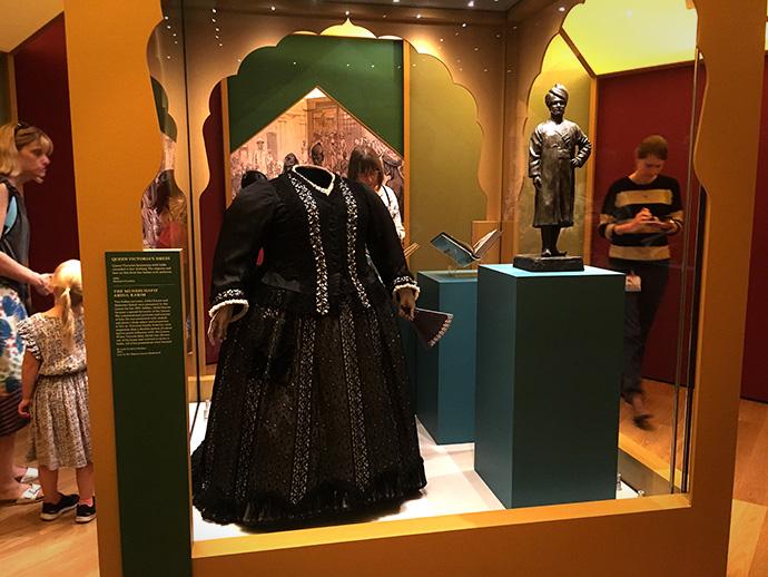 victoria-tentoonstelling-kensington-palace-woman-crown-india-keizerin