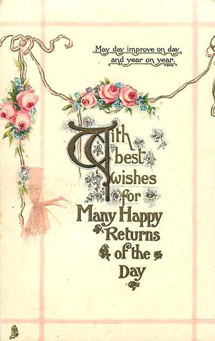 Een klassieke verjaardagskaart met felicitaties en bloemetjes uit 1913, uitgegeven door Tuck & Sons.