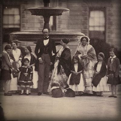 Koningin Victoria en Prins albert met kinderen