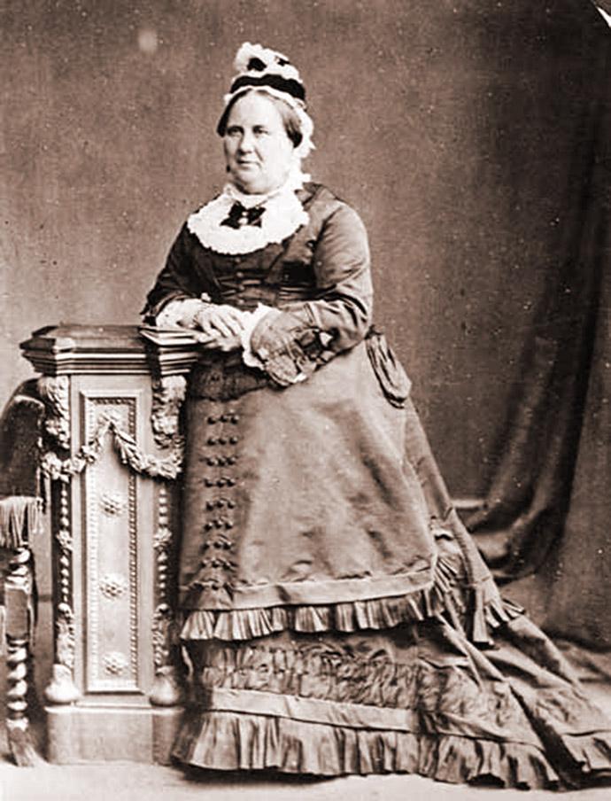 Catherine Dickens op de foto in 1879.