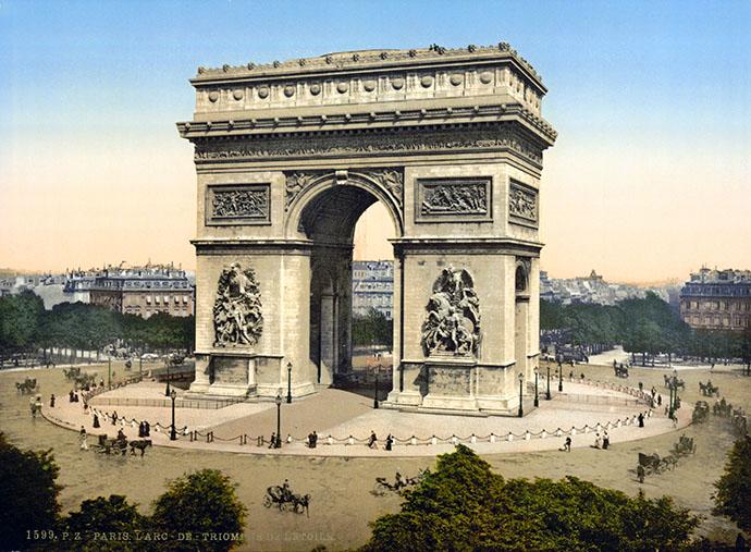De Arc de Triomphe in Parijs, op een fotochroom uit 1890-1900 {Publiek domein].