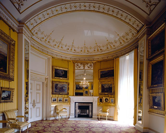 De Piccadilly Drawing Room in Apsley House. © English Heritage Photo Library.